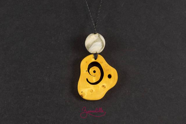 Collier buis- bijoux fantaisie